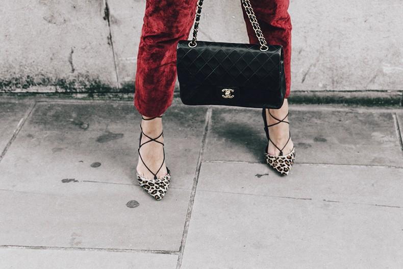 Topshop_unique-Burgundy_Suede_Trousers-Sandro_Jacket-Leopard_Shoes-Outfit-London-LFW-Street_Style-30