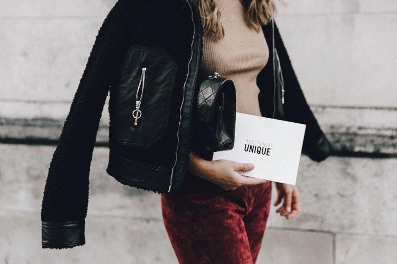 Topshop_unique-Burgundy_Suede_Trousers-Sandro_Jacket-Leopard_Shoes-Outfit-London-LFW-Street_Style-34