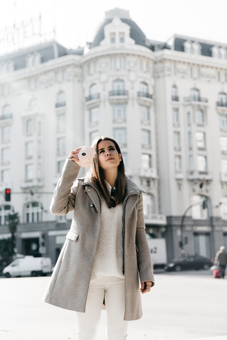 Fay_Double_Life-Coat-Travel_Outfit-5