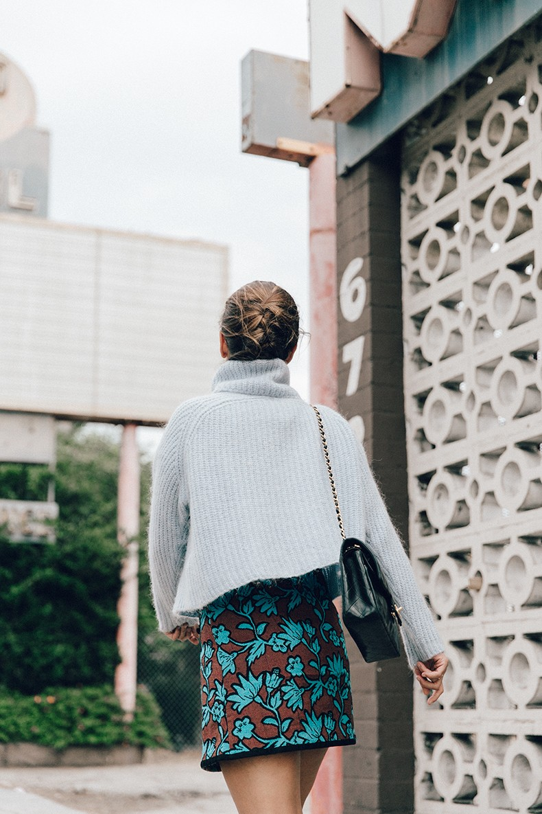 Floral_Skirt-Blue_Knit-Light_Blue-Chanel_Shoes-Chanel_Bag-Outfit-LA-2
