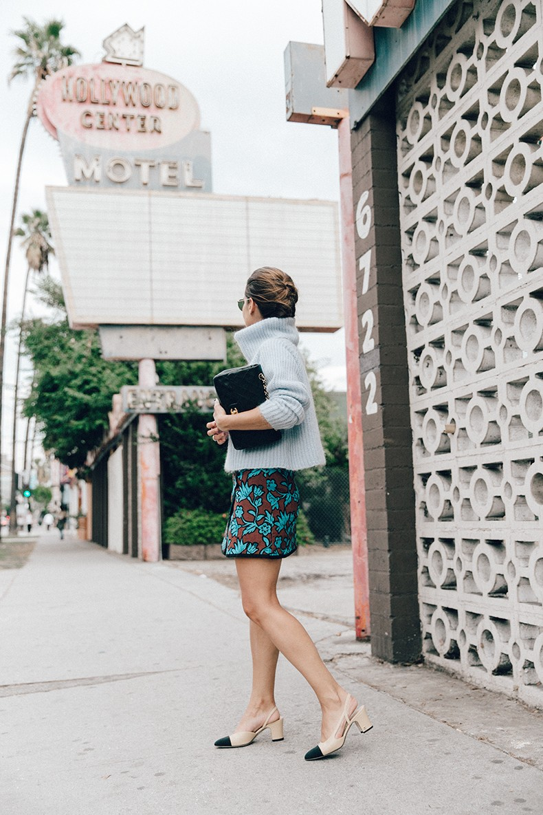 Floral_Skirt-Blue_Knit-Light_Blue-Chanel_Shoes-Chanel_Bag-Outfit-LA-25