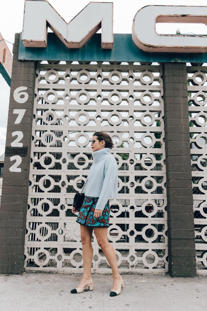 Floral_Skirt-Blue_Knit-Light_Blue-Chanel_Shoes-Chanel_Bag-Outfit-LA-3