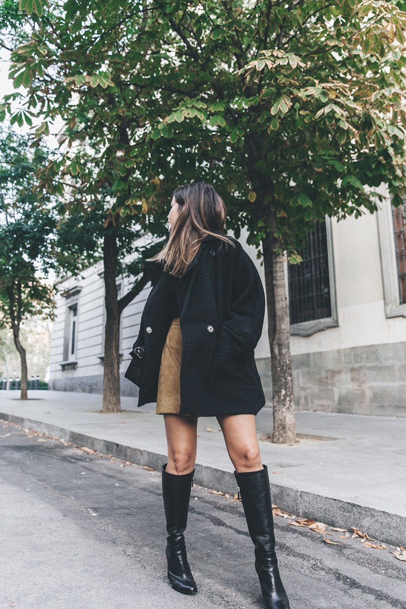 High_Boots-Suede_Skirt-Iro_Paris-Black_Jacket-Off_The_Shoulders_Sweater-Outfit-Street_Style-40