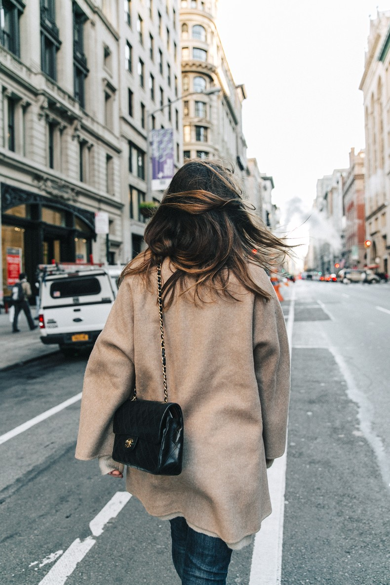 Manhattan-Beige_Cardigan_ASOS-Ripped_Jeans-Billabong_Tee-Superga_Sneakers-Outfit-StreetSTyle-Collage_Vintage-NY-13