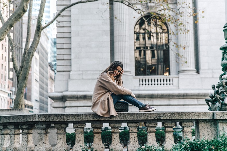 Manhattan-Beige_Cardigan_ASOS-Ripped_Jeans-Billabong_Tee-Superga_Sneakers-Outfit-StreetSTyle-Collage_Vintage-NY-67