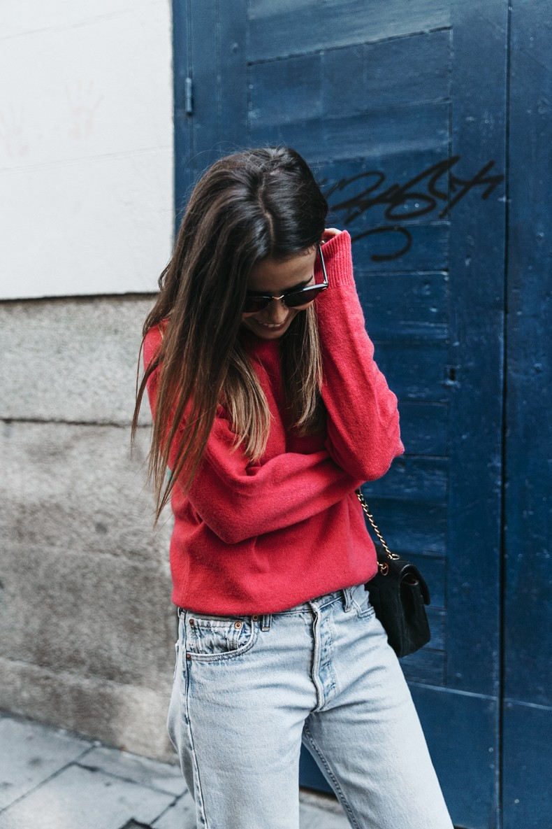Pink_Sweater-LEvis_Vintage-Snake_Shoes-Chanel_Bag-Casual_Look-Outfit-Street_Style-Collage_Vintage-14