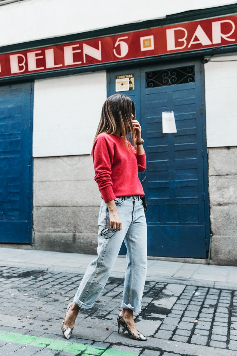 Pink_Sweater-LEvis_Vintage-Snake_Shoes-Chanel_Bag-Casual_Look-Outfit-Street_Style-Collage_Vintage-7