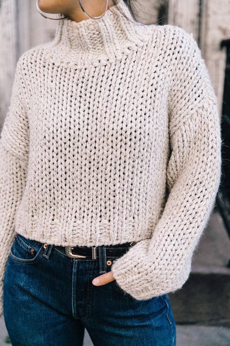 White_Knitwear-Turtleneck-Levis_Vintage-The_Reformation-Vintage_Belt-Proenza_PS11_Bag-Outfit-New_York-Collage_Vintage-Street_Style-1