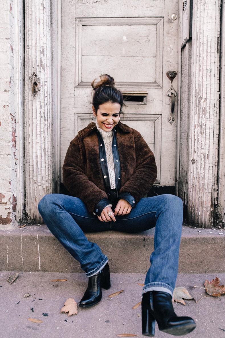 White_Knitwear-Turtleneck-Levis_Vintage-The_Reformation-Vintage_Belt-Proenza_PS11_Bag-Outfit-New_York-Collage_Vintage-Street_Style-36
