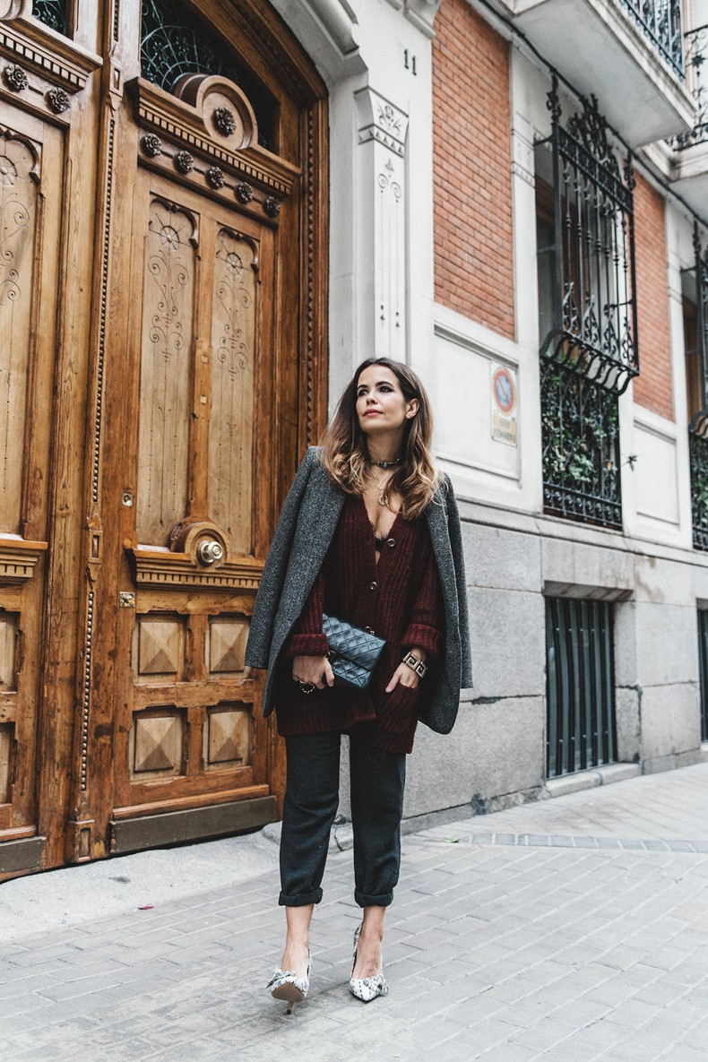 Burgundy_Cardigan-Oversize-Grey_Blazer-Grey_trousers-Isabel_Marant-Shoes-Chanel_Vintage_Bag-Lace_Bra-Layering_Necklaces-Maria_Pascual-Collage_Vintage-Outfit-Street_Style-12