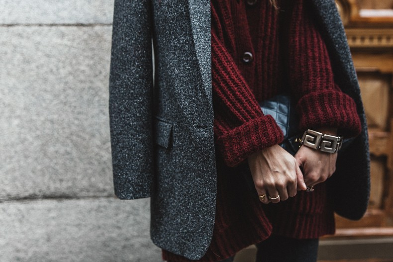 Burgundy_Cardigan-Oversize-Grey_Blazer-Grey_trousers-Isabel_Marant-Shoes-Chanel_Vintage_Bag-Lace_Bra-Layering_Necklaces-Maria_Pascual-Collage_Vintage-Outfit-Street_Style-54