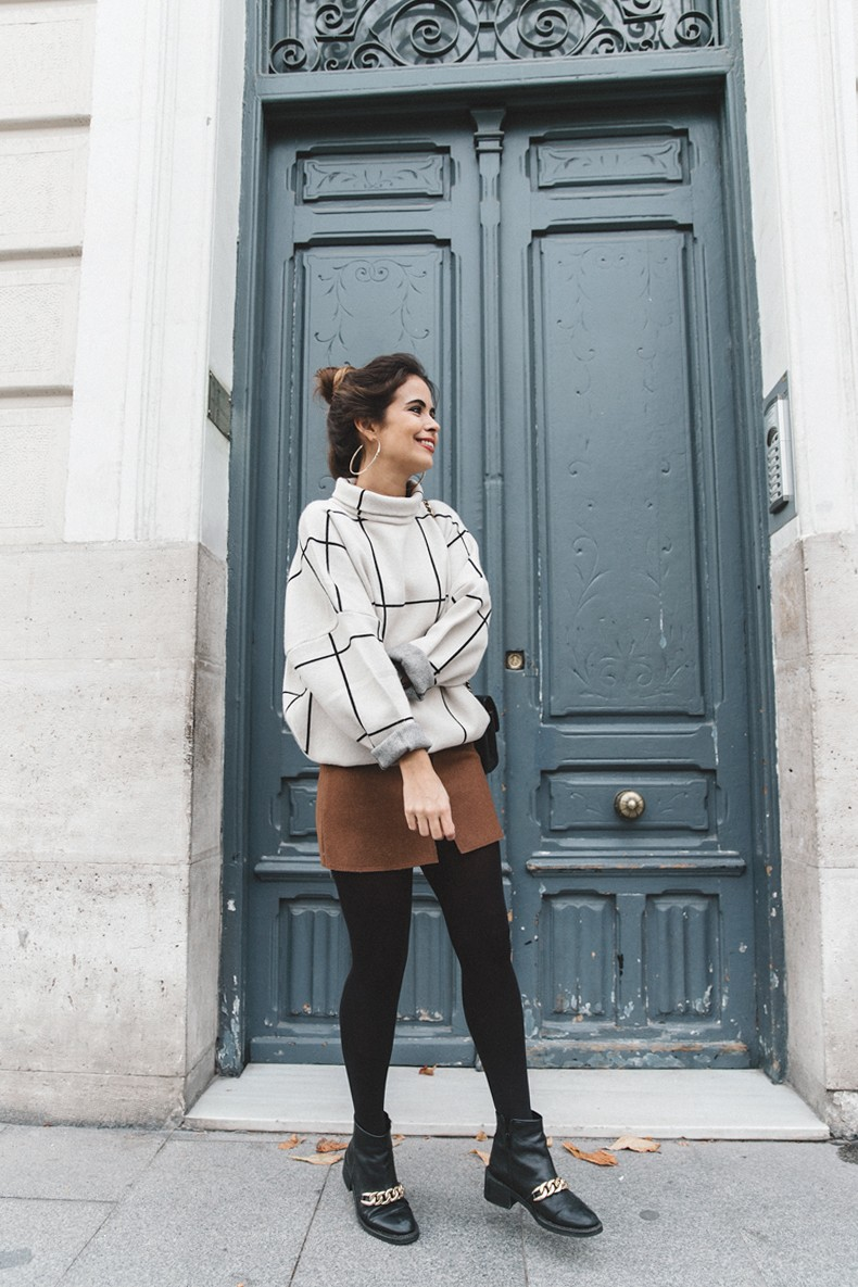 Checked_Sweater-Camel_Skirt-Chained_Booties-Chicwish-Collage_Vintage-Street_Style-Outfit-Mini_Skirt-Turtle_Neck-Hoop_Earrings-3