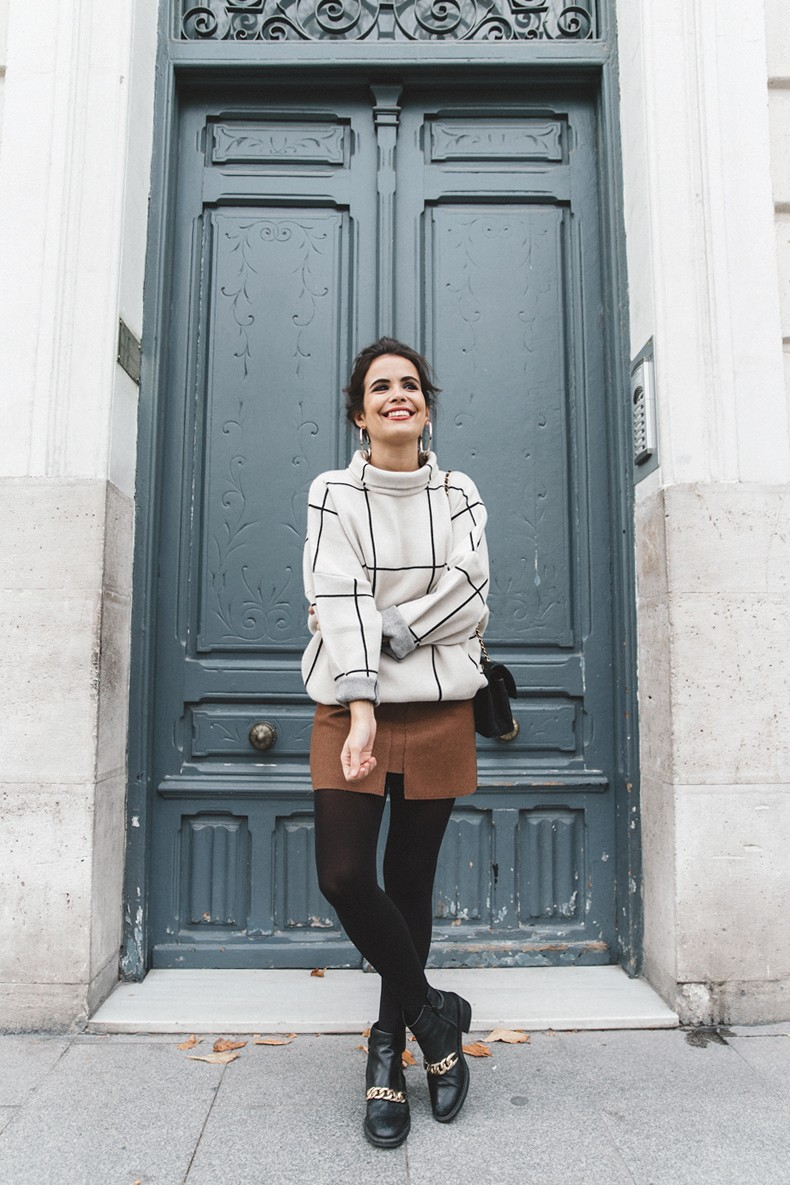 Checked_Sweater-Camel_Skirt-Chained_Booties-Chicwish-Collage_Vintage-Street_Style-Outfit-Mini_Skirt-Turtle_Neck-Hoop_Earrings-4