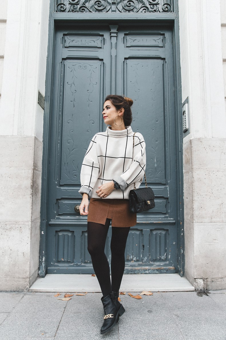 Checked_Sweater-Camel_Skirt-Chained_Booties-Chicwish-Collage_Vintage-Street_Style-Outfit-Mini_Skirt-Turtle_Neck-Hoop_Earrings-5
