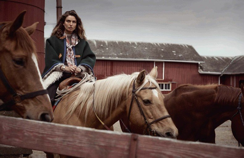Editorial-Andreea-Diaconu-Vogue-Spain-October-2015-Cover-3