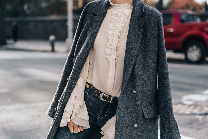Guggeheim-Grey_Long_Coat-Ruffled_Shirt-Guess_Jeans-Valentino_Shoes-Chanel_Vintage_Bag-Outfit-Look_Of_The_Day-NY-45