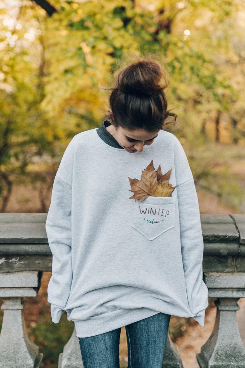 Kaiku_Caffe-Nada_Sabe_Igual-Central_Park-Sweatshirt-Winter-Jeans-Sandro_Sneakers-14