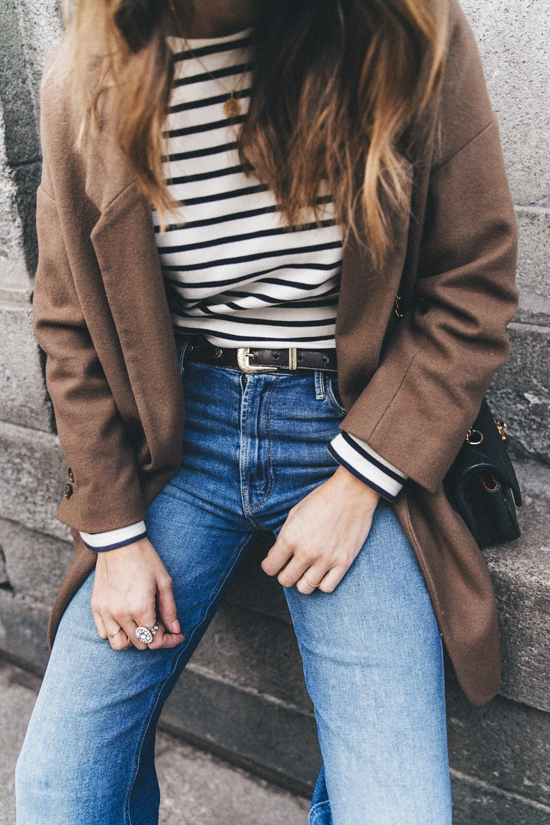 MotherDenim-Cropped_Jeans-Striped_Top-Grey_Hat-Camel_Coat-Black_Booties-Vintage_Belt-Outfit-Street_Style-1