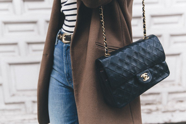 MotherDenim-Cropped_Jeans-Striped_Top-Grey_Hat-Camel_Coat-Black_Booties-Vintage_Belt-Outfit-Street_Style-66