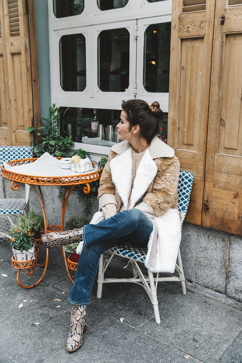 Patchwork_Coat-Faux_Fur_Coat-Asos-Mother_Jeans-Denim-Cable_Knit_Sweater-Snake_Effect_Booties-Topknot-Collage_Vintage-Street_Style-Outfit-3