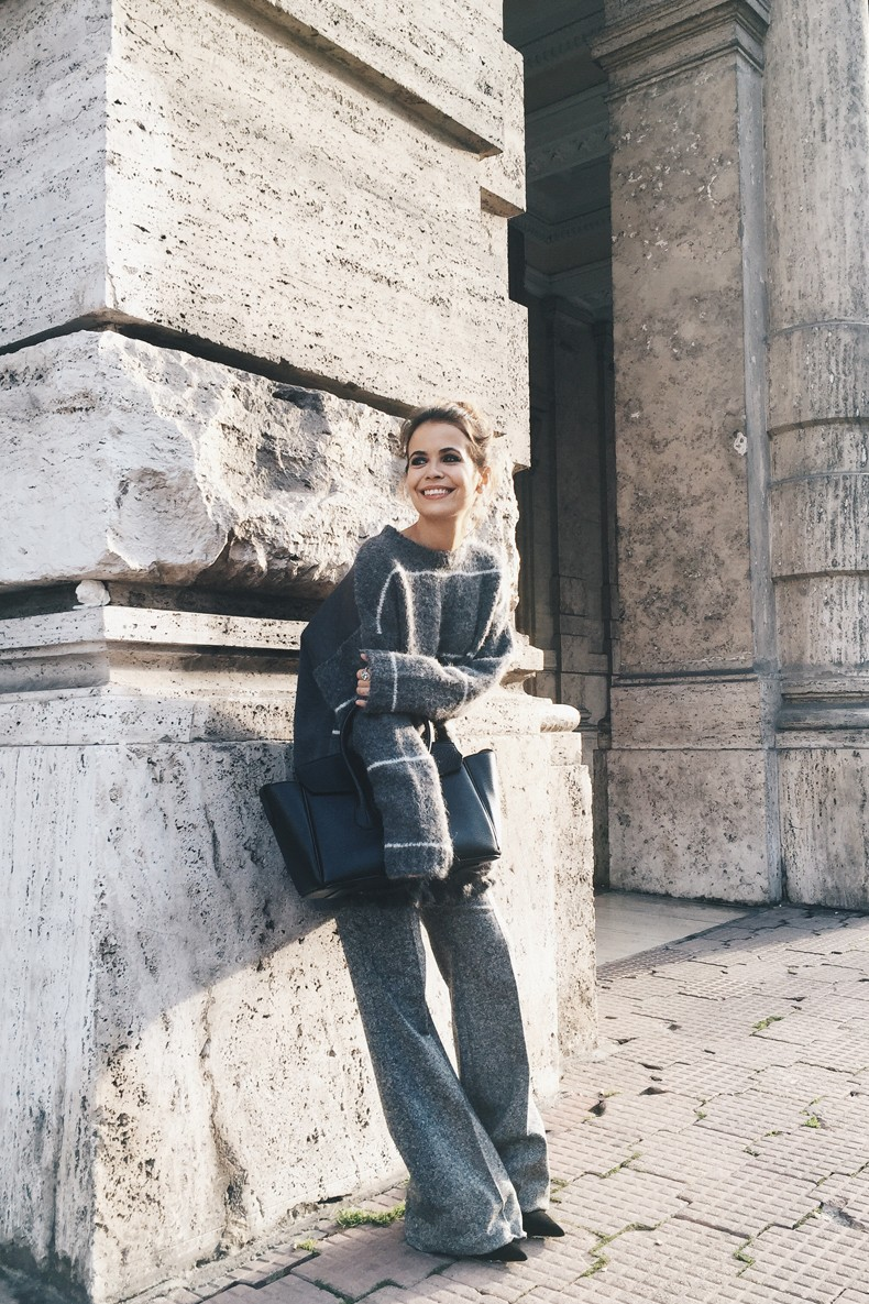 Stella_McCartney-N21_Sweater-Bally_Bag-Outfit-BrunaRosso-Cuneo-Topknot-Grey_Look-Collage_Vintage-Street_Style-11