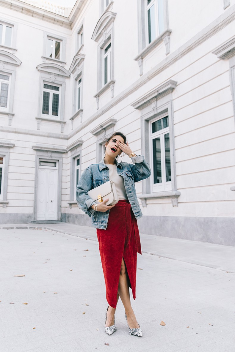 Wrap_Skirt-Red_Skirt-Suede-Levis_Vintage_Denim_Jacket-Isabel_Marant_Shoes-Printed_Pumps-Gold_Bracelets-Celine_Classic_Box-Hoop_Earrings-Topknot-Outfit-Street_Style-Vestiaire_Collective-