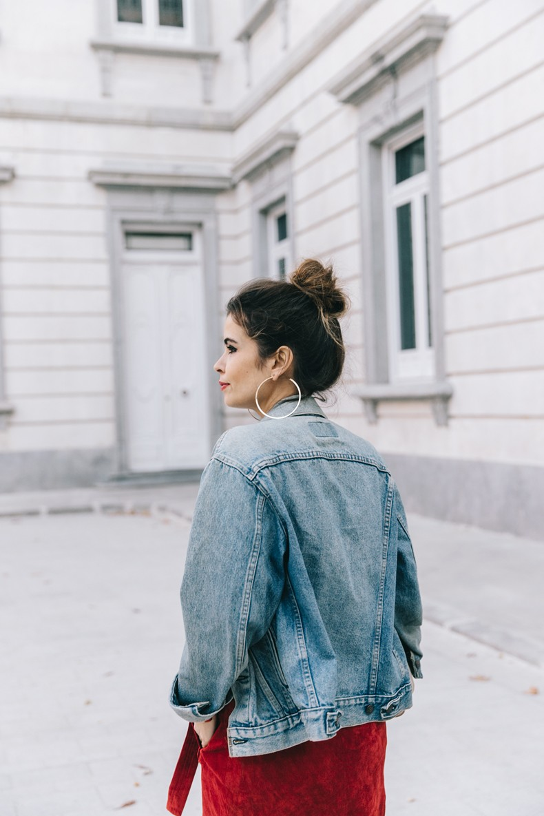 Wrap_Skirt-Red_Skirt-Suede-Levis_Vintage_Denim_Jacket-Isabel_Marant_Shoes-Printed_Pumps-Gold_Bracelets-Celine_Classic_Box-Hoop_Earrings-Topknot-Outfit-Street_Style-Vestiaire_Collective-10
