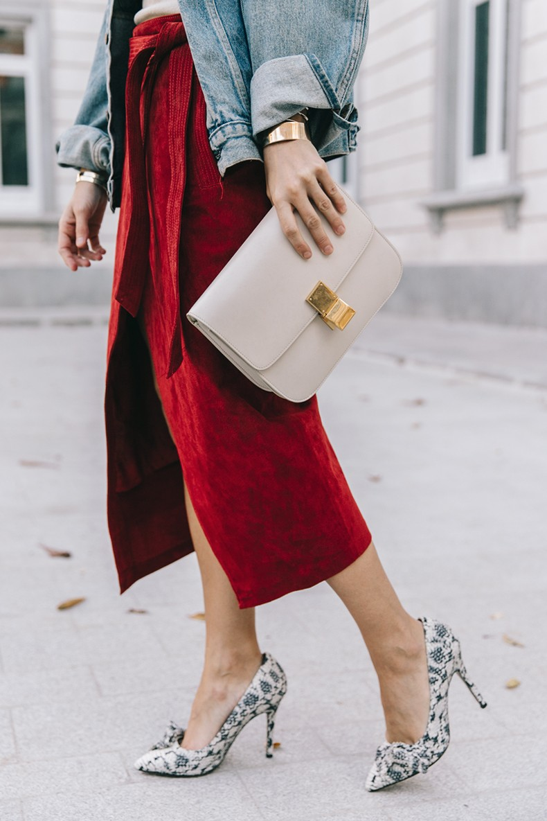Wrap_Skirt-Red_Skirt-Suede-Levis_Vintage_Denim_Jacket-Isabel_Marant_Shoes-Printed_Pumps-Gold_Bracelets-Celine_Classic_Box-Hoop_Earrings-Topknot-Outfit-Street_Style-Vestiaire_Collective-3