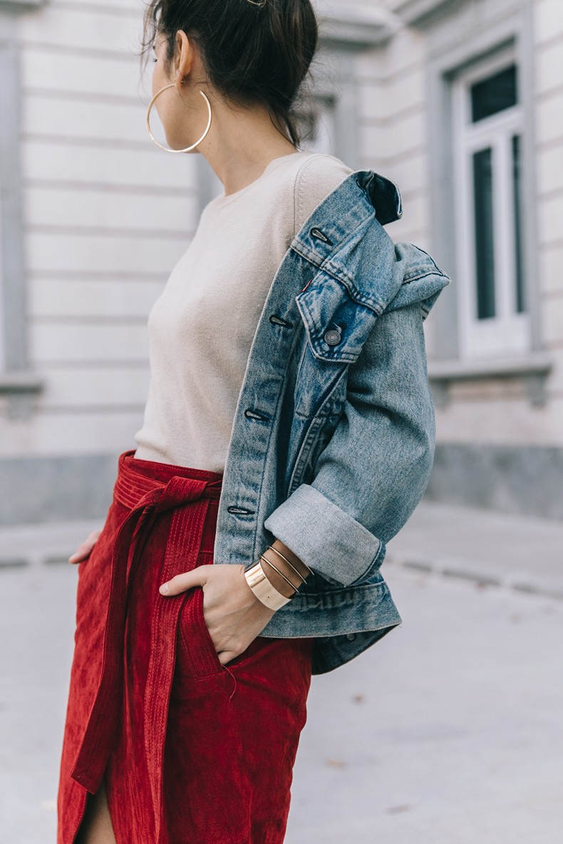 Wrap_Skirt-Red_Skirt-Suede-Levis_Vintage_Denim_Jacket-Isabel_Marant_Shoes-Printed_Pumps-Gold_Bracelets-Celine_Classic_Box-Hoop_Earrings-Topknot-Outfit-Street_Style-Vestiaire_Collective-30