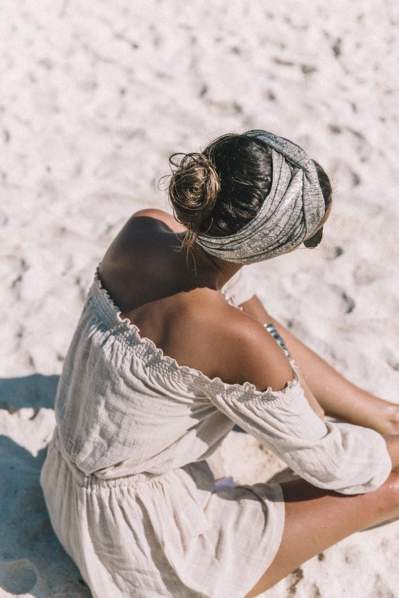 Bamboo_Beach-Off_Shoulders_Outfit-Beige-Turbant-SaboSkirt-Beach_Summer-15