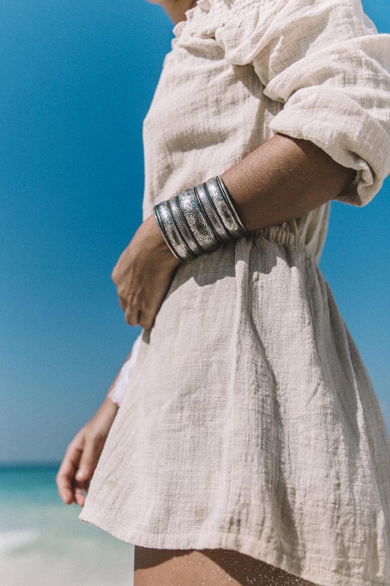 Bamboo_Beach-Off_Shoulders_Outfit-Beige-Turbant-SaboSkirt-Beach_Summer-22