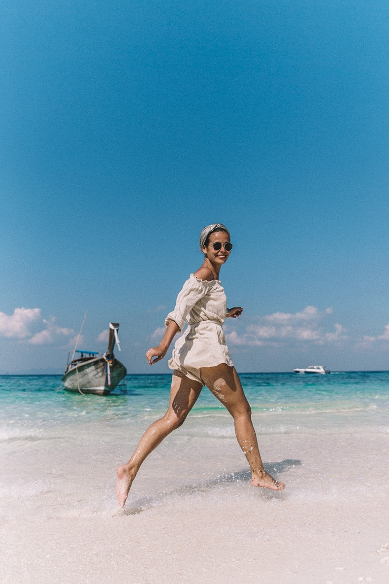 Bamboo_Beach-Off_Shoulders_Outfit-Beige-Turbant-SaboSkirt-Beach_Summer-23