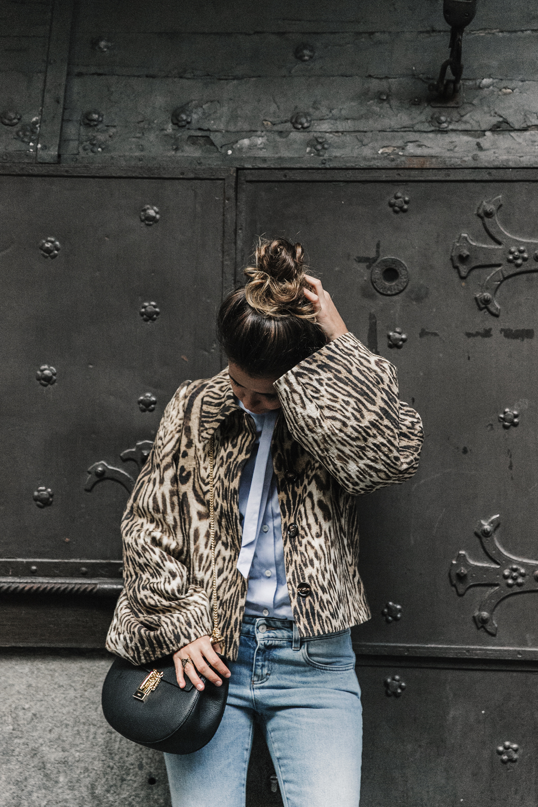 Firenze4Ever-Luisa_VIa_Roma-Chloe_Leopard_Jacket-Light_Blue_Blouse-Gucci_Jeans-_Look-Drew_Bag-Outfit-Florence-Street_Style-