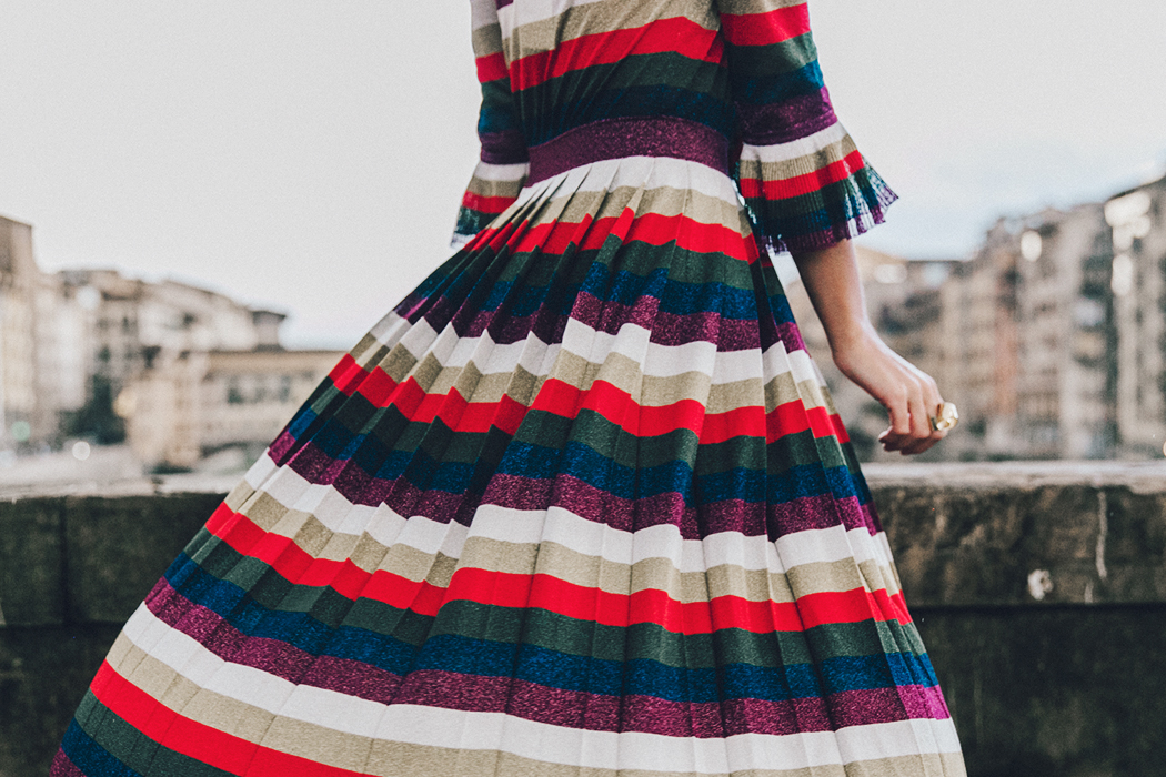 Firenze4Ever-Luisa_VIa_Roma-Gucci_Striped_Dress-Gucci_Gold_Sandals-Outfit-Florence-Street_Style-69