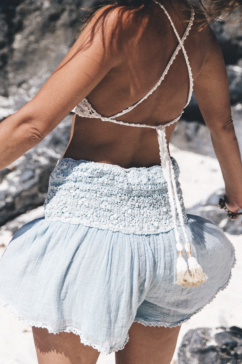 She_Made_Me-Crochet_Top-Light_Blue_Shorts-Summer_Look-Cropped_Top-Thailand-Outfit-41