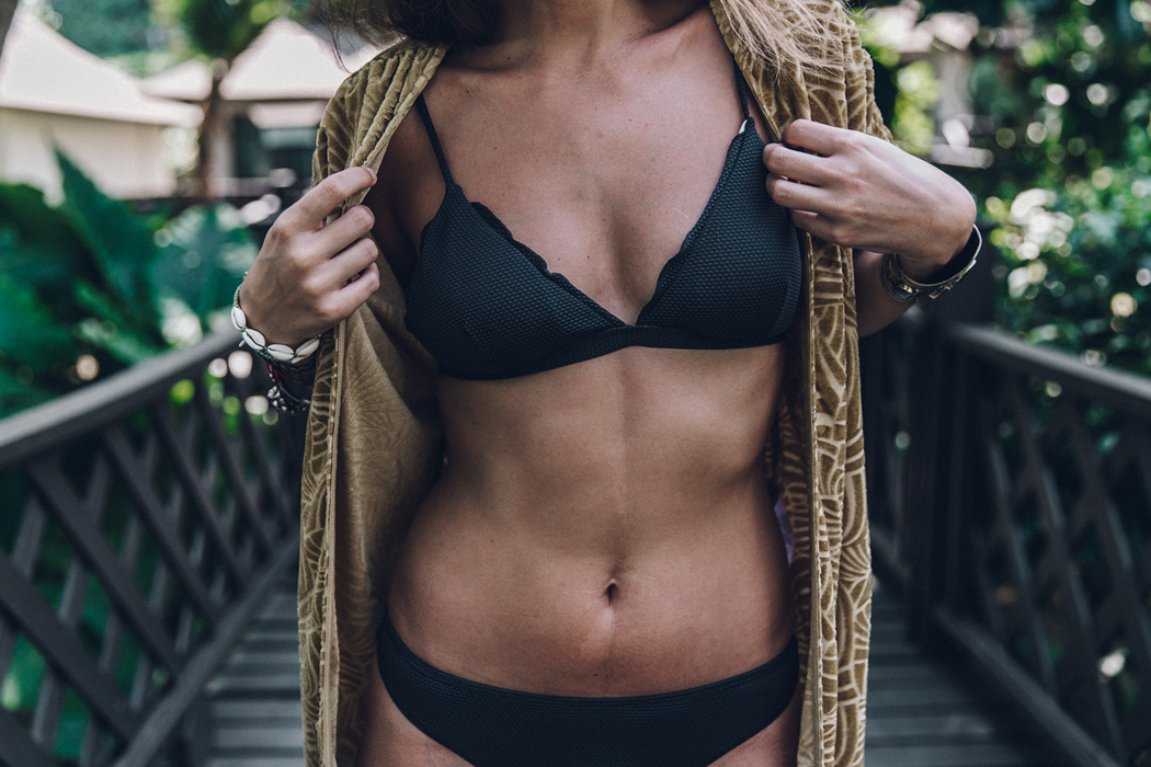 Velvet_Kimono-Thailand-Summer-Peony_Swimwear-Beach_Look-Collage_Vintage-52