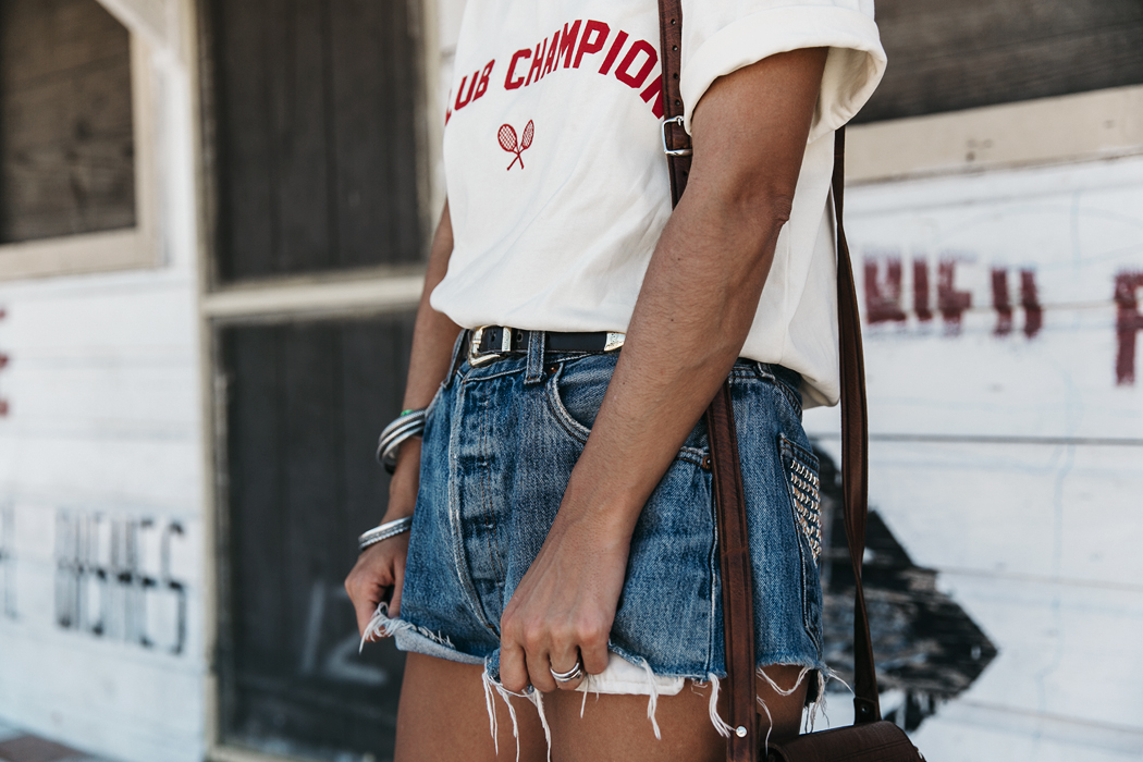 Jamica-Sugar_Cane_Field-Levis-Straw_Hat-Reebok_Tee-Outfit-Summer-Collage_on_The_Road-Bamboo_Walls-114