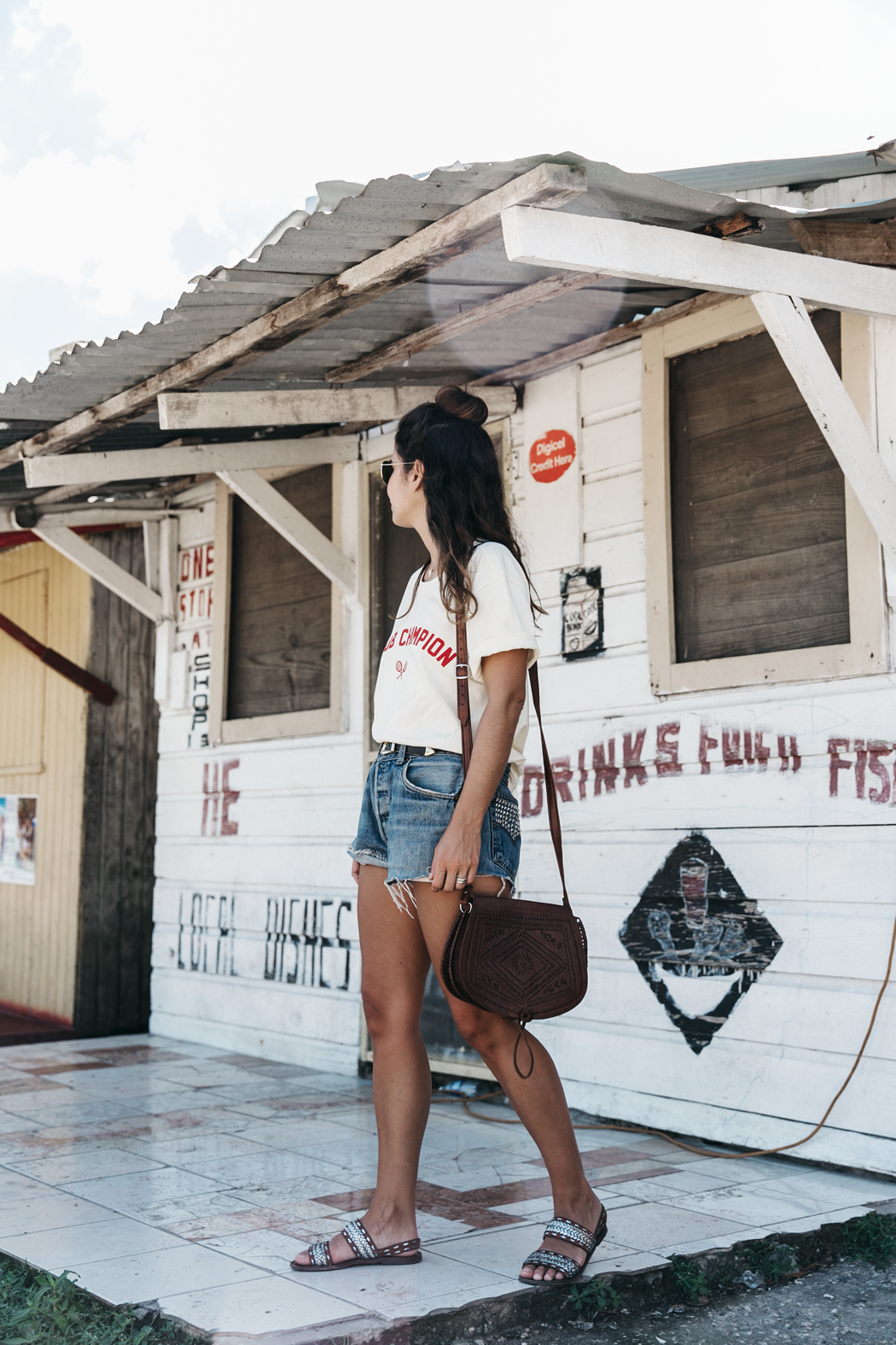 Jamica-Sugar_Cane_Field-Levis-Straw_Hat-Reebok_Tee-Outfit-Summer-Collage_on_The_Road-Bamboo_Walls-84