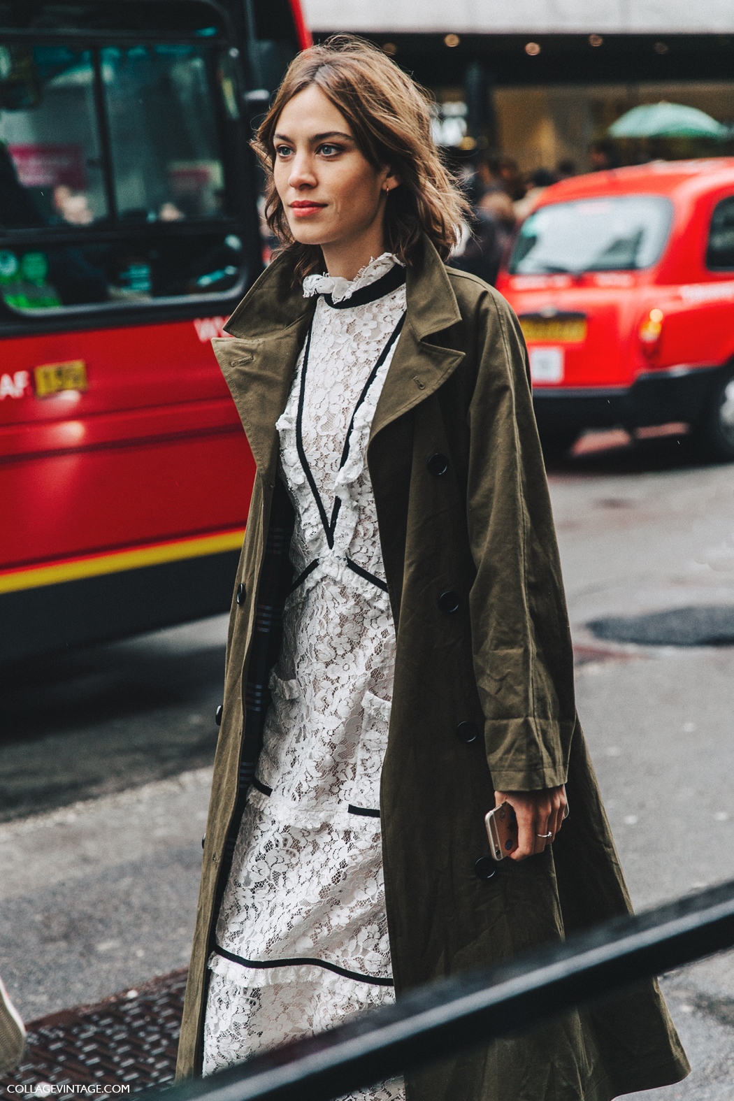 LFW-London_Fashion_Week_Fall_16-Street_Style-Collage_Vintage-Alexa_Chung-Trench_Coat-Cowboy_Boots-Erdem-Lace_Dress-11