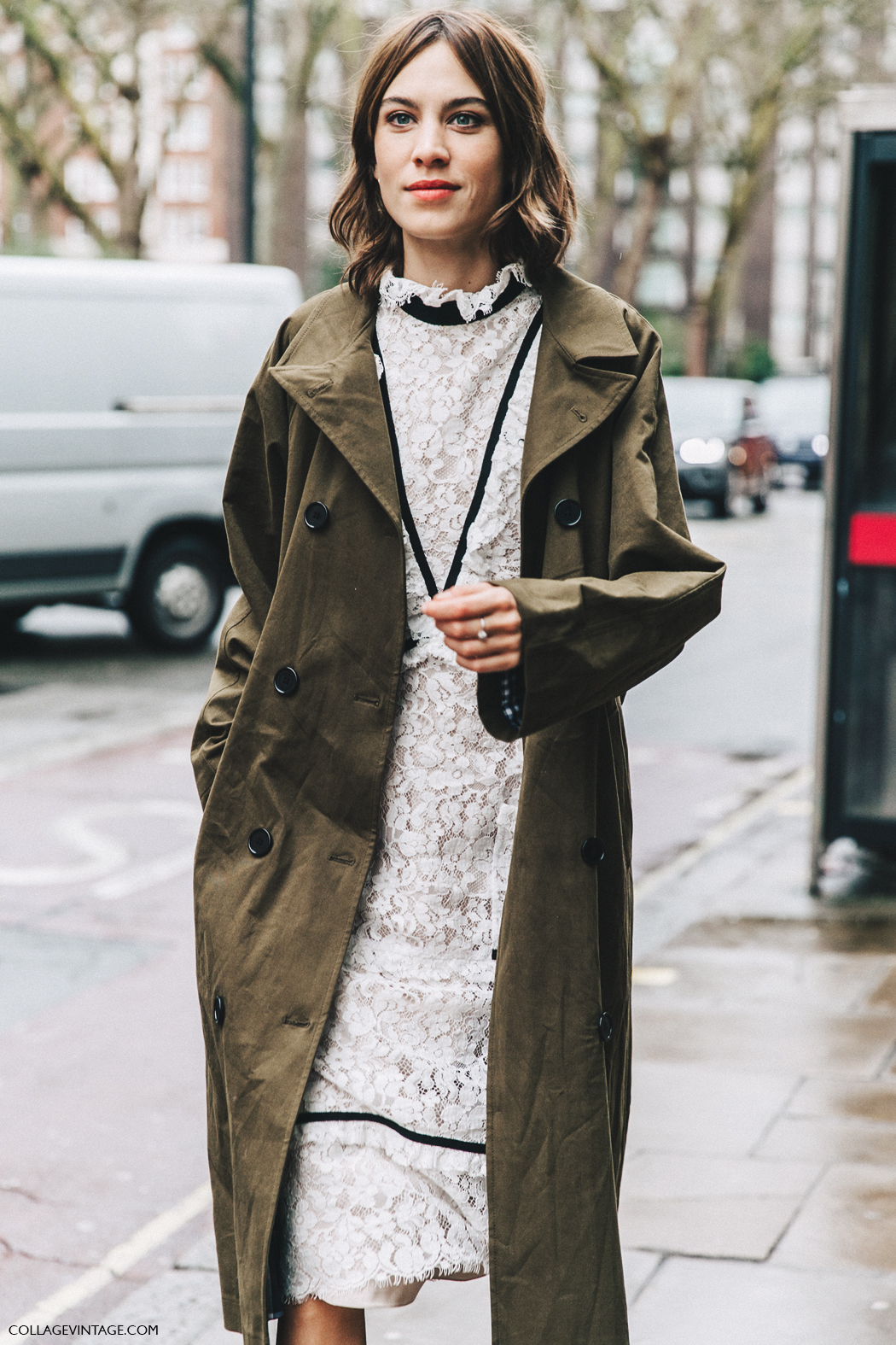 LFW-London_Fashion_Week_Fall_16-Street_Style-Collage_Vintage-Alexa_Chung-Trench_Coat-Cowboy_Boots-Erdem-Lace_Dress-9