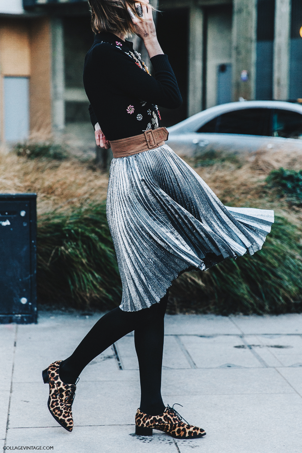 LFW-London_Fashion_Week_Fall_16-Street_Style-Collage_Vintage-Anya_Ziurova-Metallic_Skirt-Pleated_Skirt-1