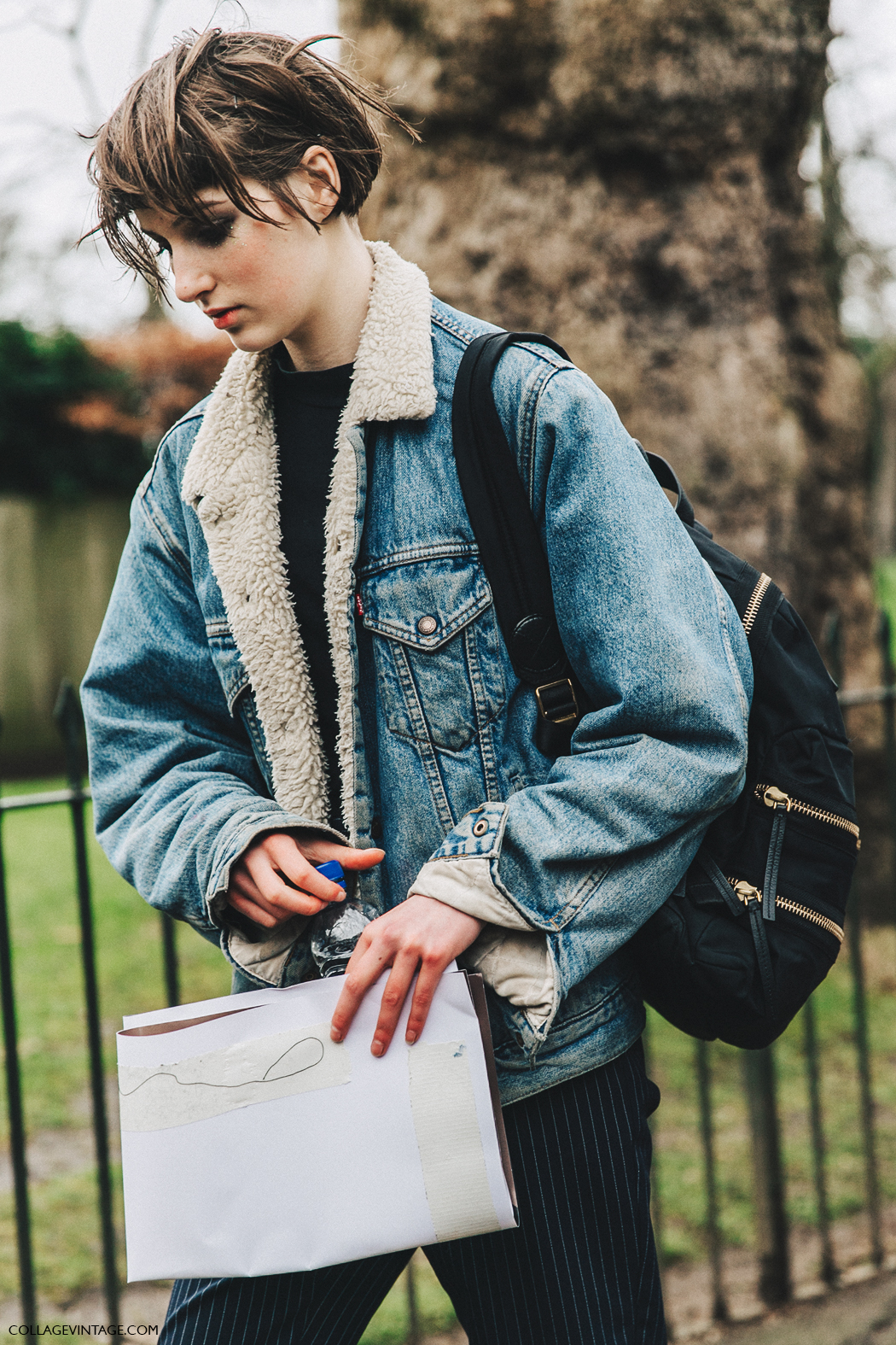 LFW-London_Fashion_Week_Fall_16-Street_Style-Collage_Vintage-Denim_Jacket-Levis-Burberry