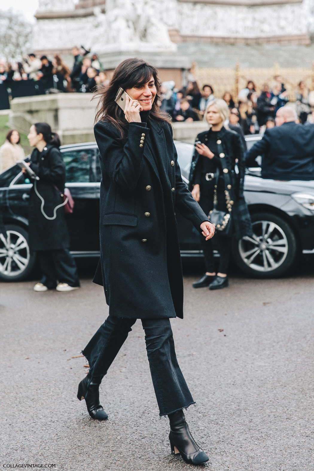 LFW-London_Fashion_Week_Fall_16-Street_Style-Collage_Vintage-Emmanuel_Alt-Black_outfit-Chanel_Boots-