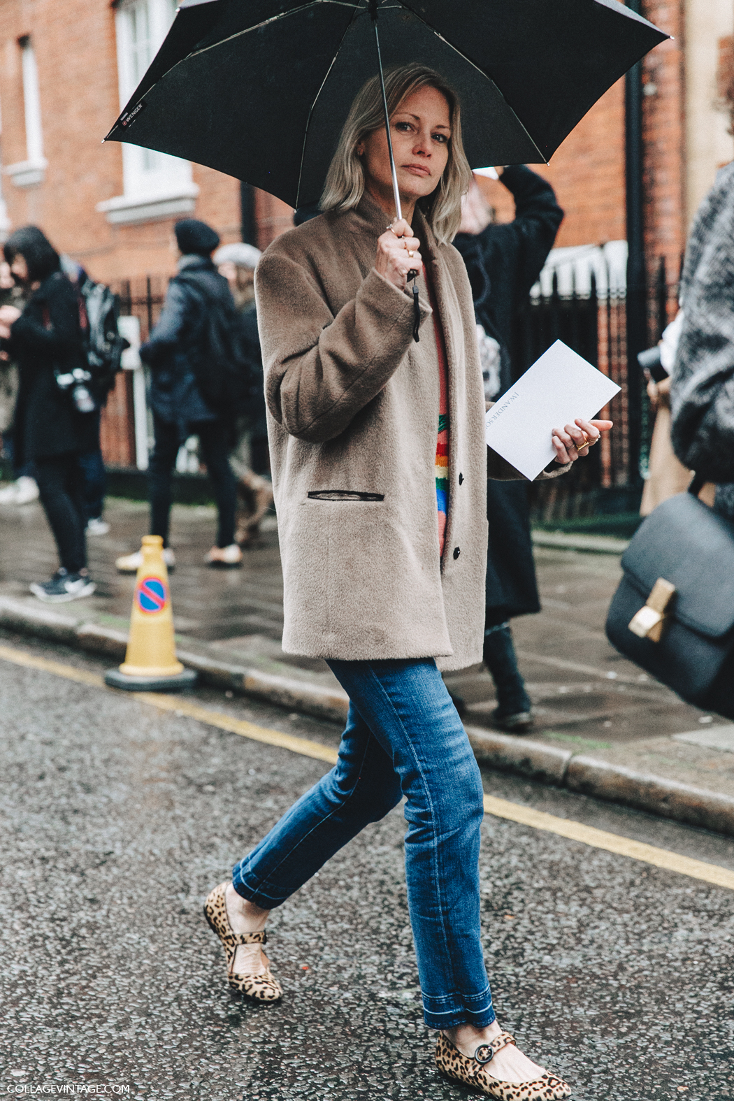 LFW-London_Fashion_Week_Fall_16-Street_Style-Collage_Vintage-Holly_royers-Camel-Jacket-Leopard_Flats-