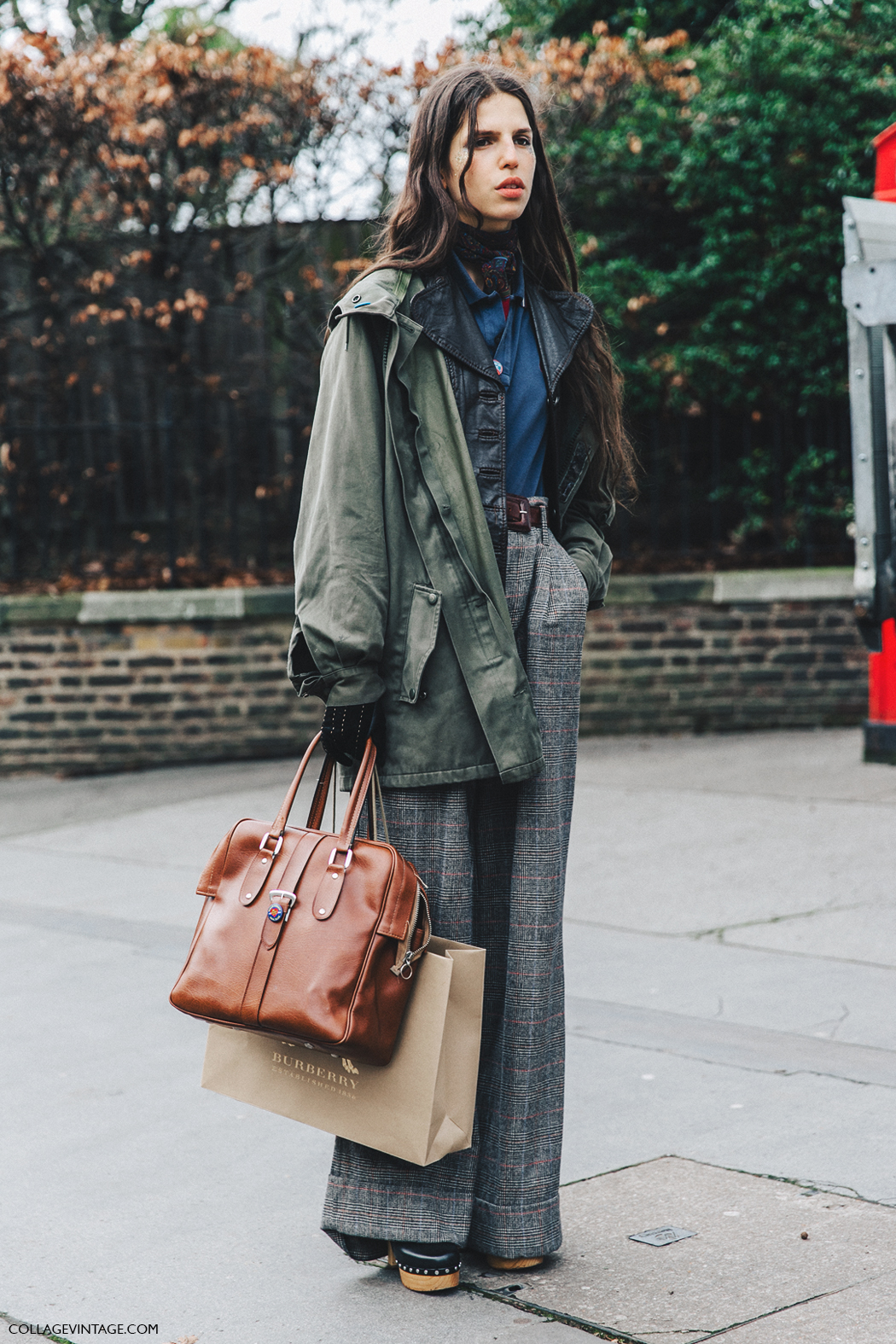 LFW-London_Fashion_Week_Fall_16-Street_Style-Collage_Vintage-Model-Burberry-Tweed_Trousers-Parka-2