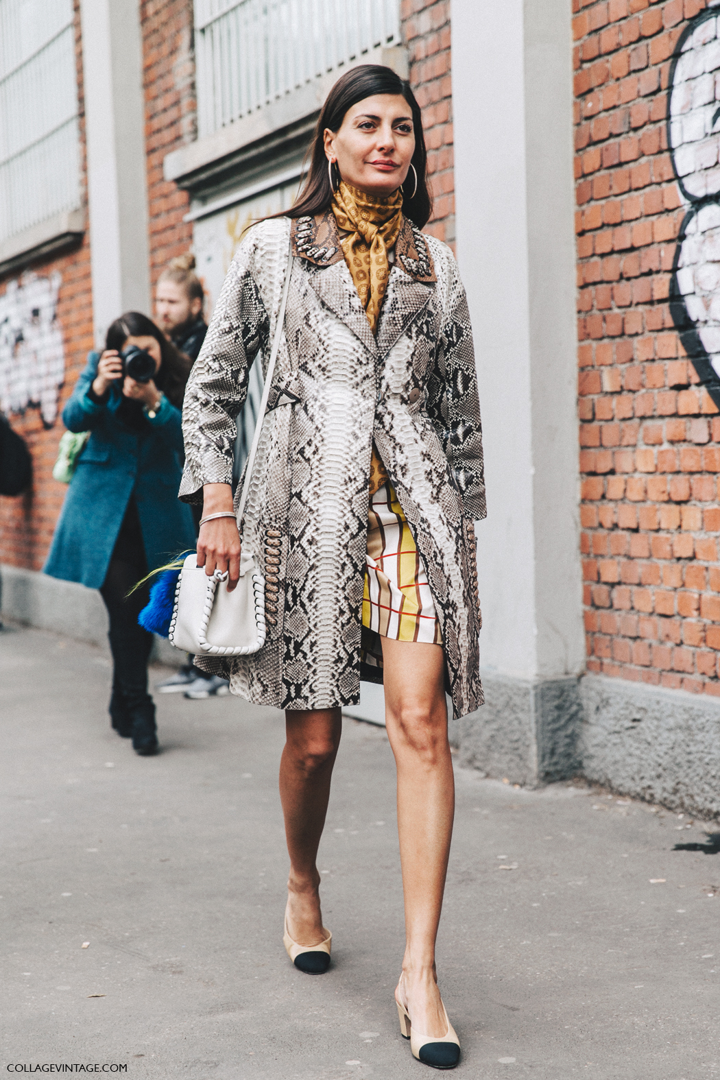 Milan_Fashion_Week_Fall_16-MFW-Street_Style-Collage_Vintage-Giovanna_Battaglia-Snake_Coat-Chanel_SlingBack_Shoes-Hoop_Earrings-Fendi-1