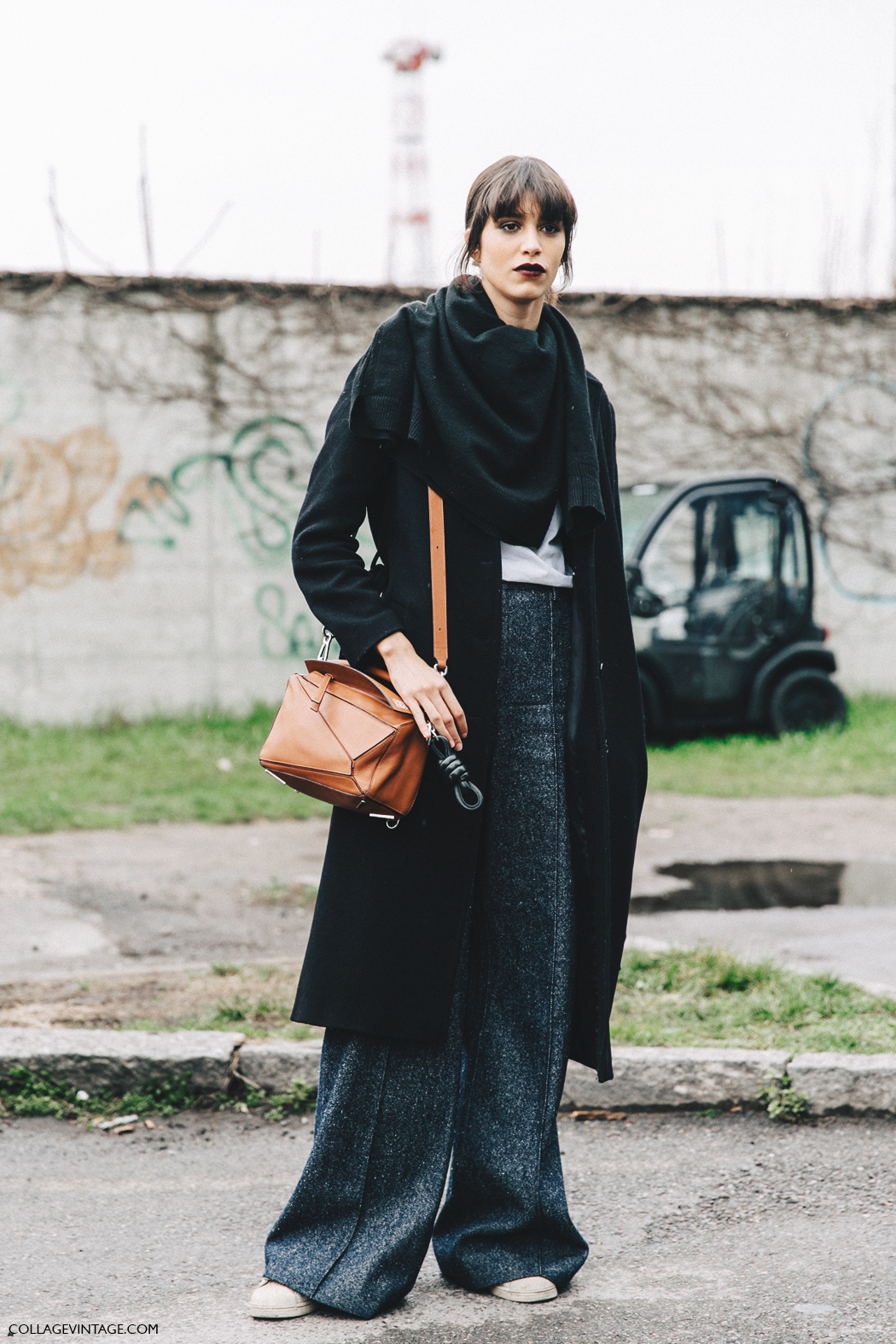 Milan_Fashion_Week_Fall_16-MFW-Street_Style-Collage_Vintage-Model-Tweed_Trousers-Loewe_Bag.
