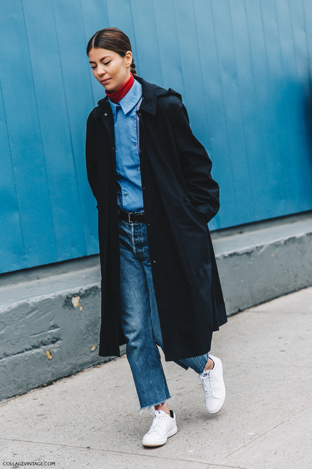 NYFW-New_York_Fashion_Week-Fall_Winter-16-Street_Style-Jeans-Blue_Coat-Sneakers-Turtle_Neck-Light_Pink_Blouse-Annina-Mislin-