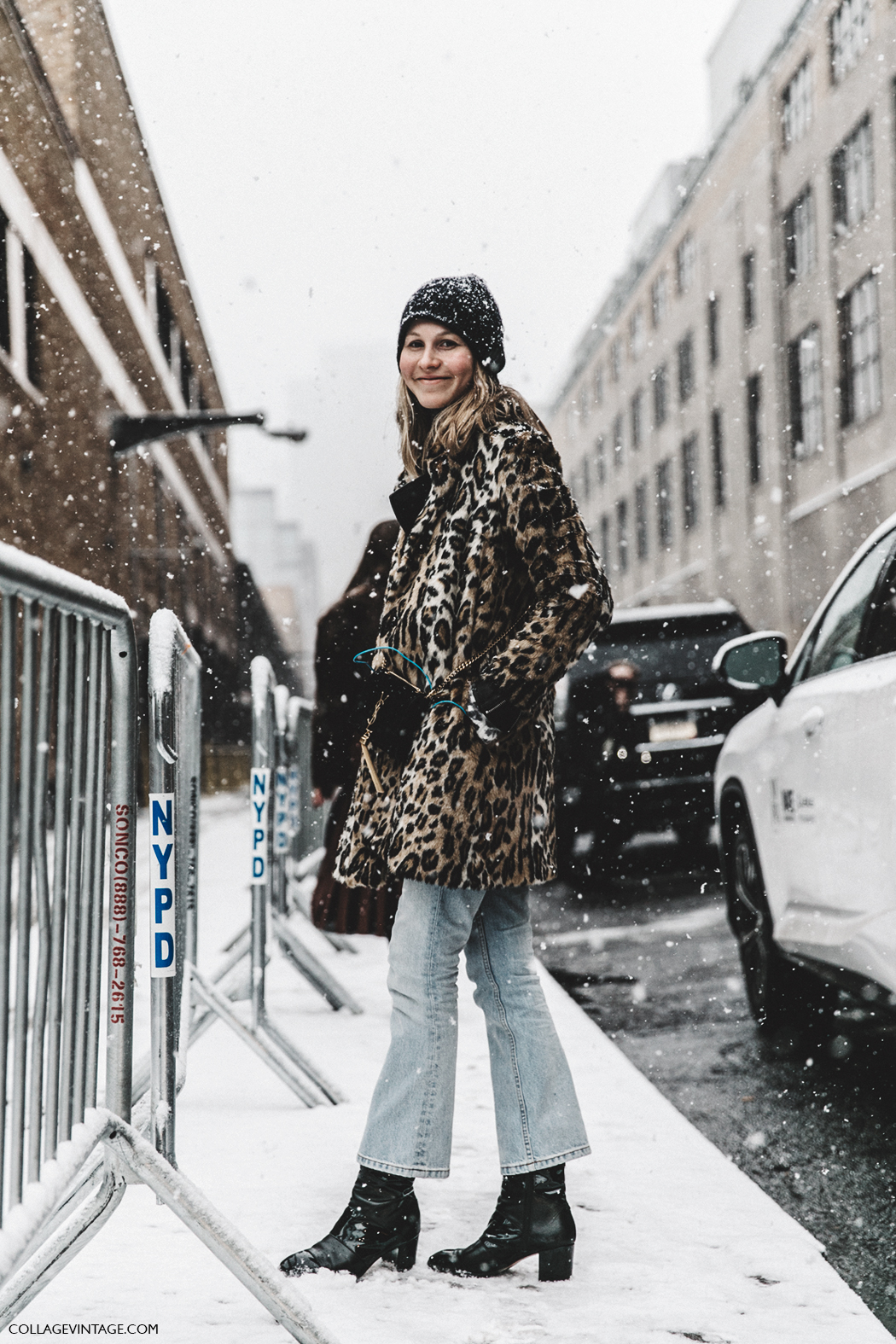 NYFW-New_York_Fashion_Week-Fall_Winter-17-Street_Style-Jessica_Minkoff-Leopard_Coat-Beanie-1