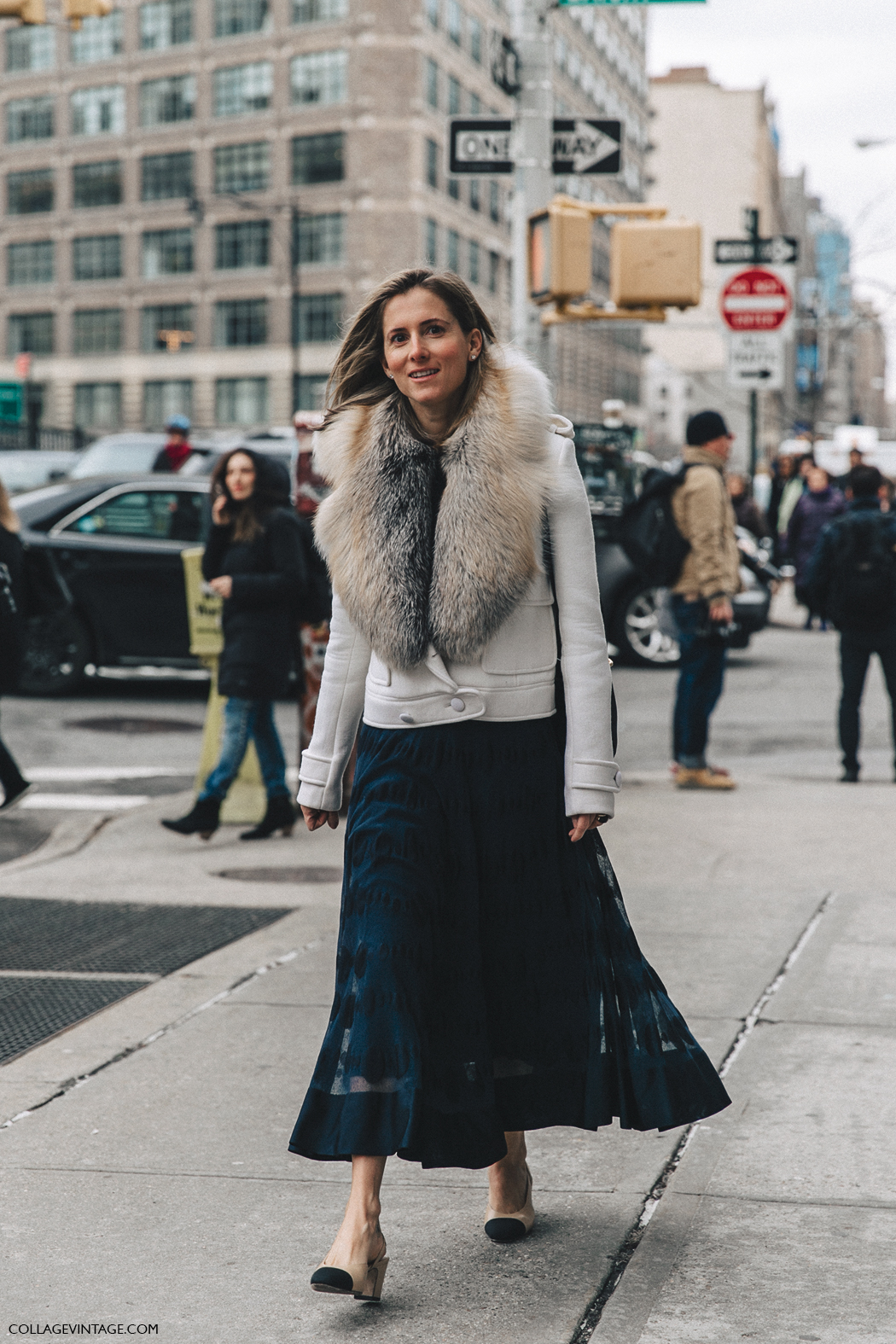 NYFW-New_York_Fashion_Week-Fall_Winter-17-Street_Style-Marina_Larroude-Midi_Skirt-Chanel_Slingback_Shoes-1